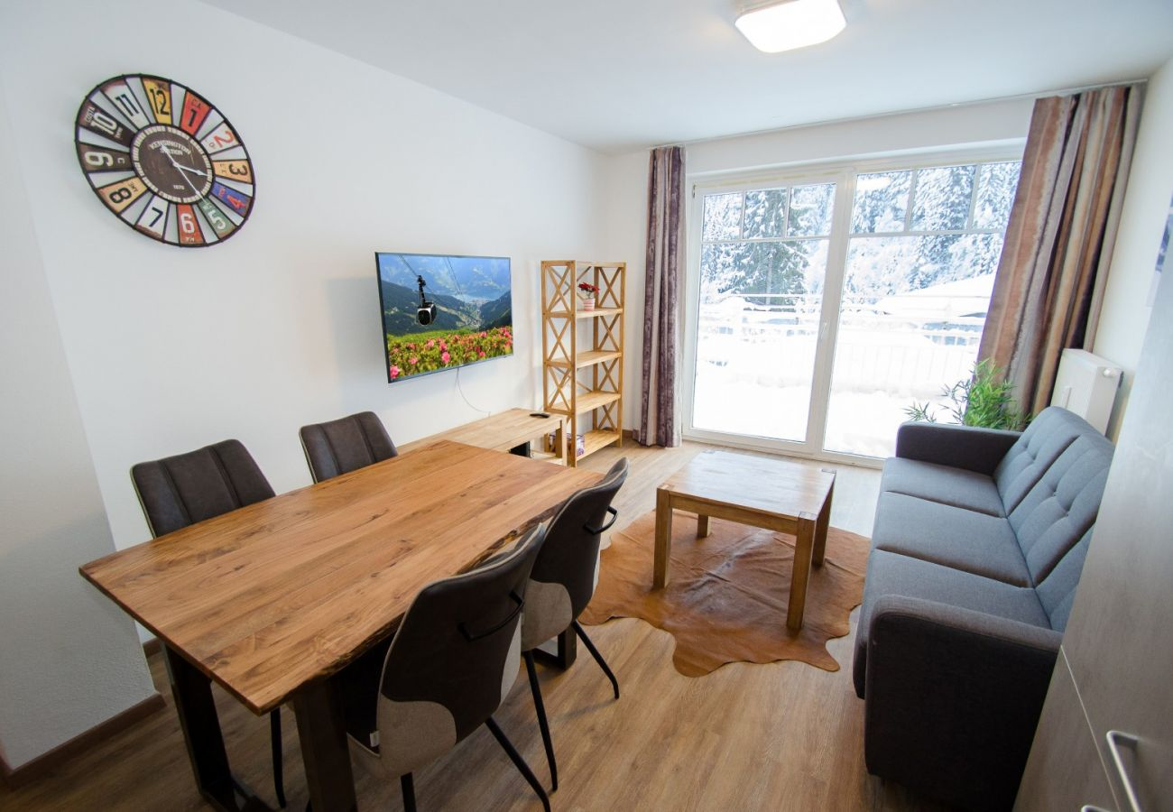 Apartment in Zell am See - Apartment Summer & Winter Fun I - 200 from ski lif
