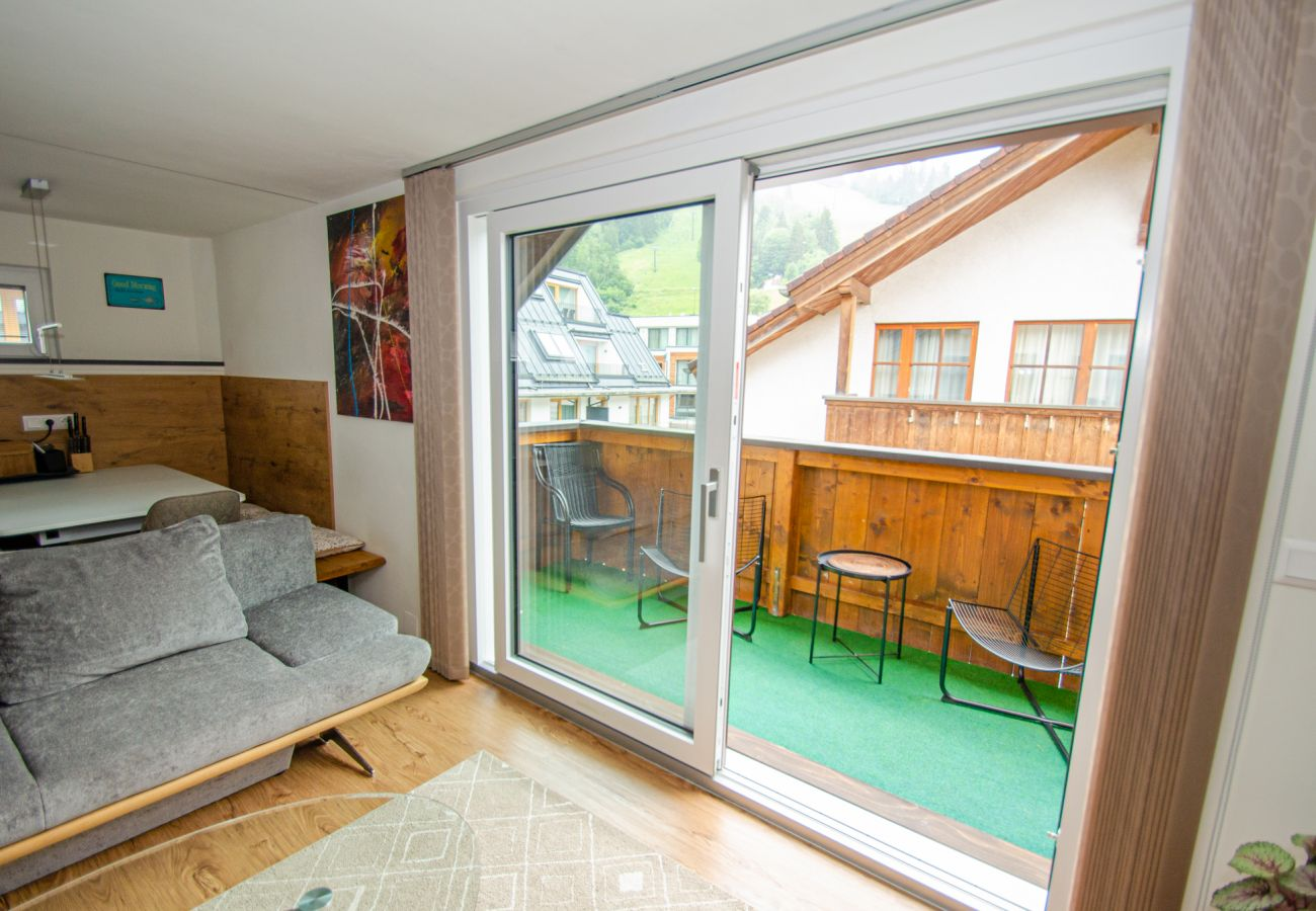 Apartment in Zell am See - Penthouse Zell City centre - near ski lift & lake