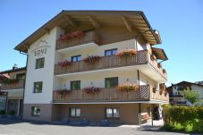 Apartment in Kaprun - Apartments EDVI B4 - balcony and glacier view