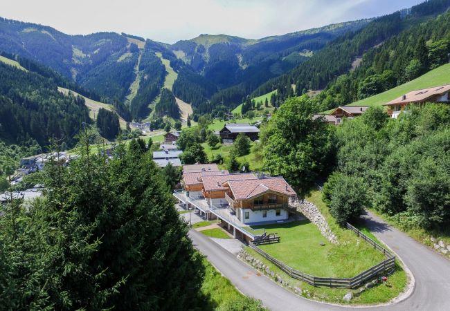 Ferienwohnung in Zell am See - Ski Chalet Jim / 300 m from ski lift