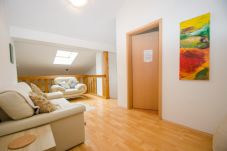 Ferienwohnung in Zell am See - Apartment 3-room-maisonette near ski lift and town