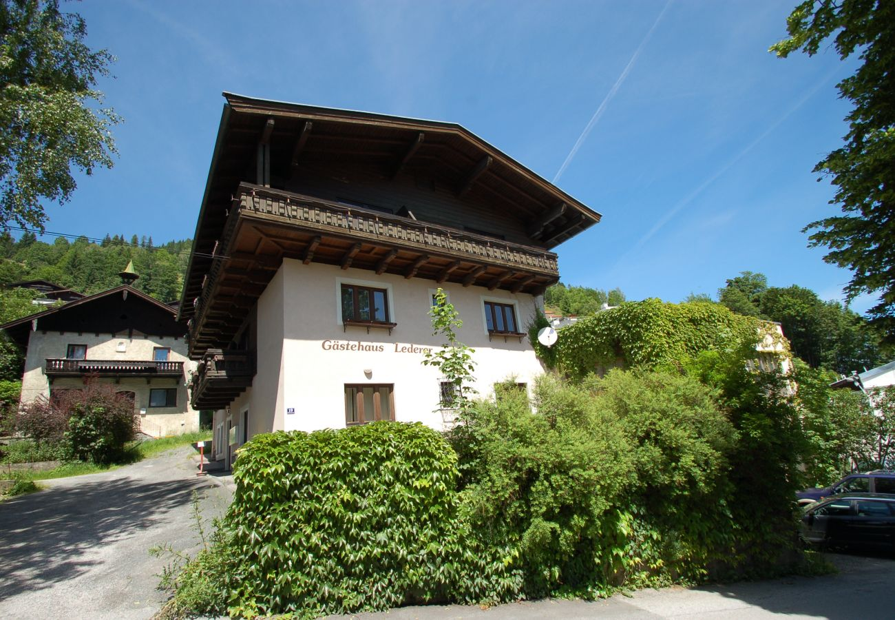 Ferienwohnung in Zell am See - Apartment OTILIA near town and lake