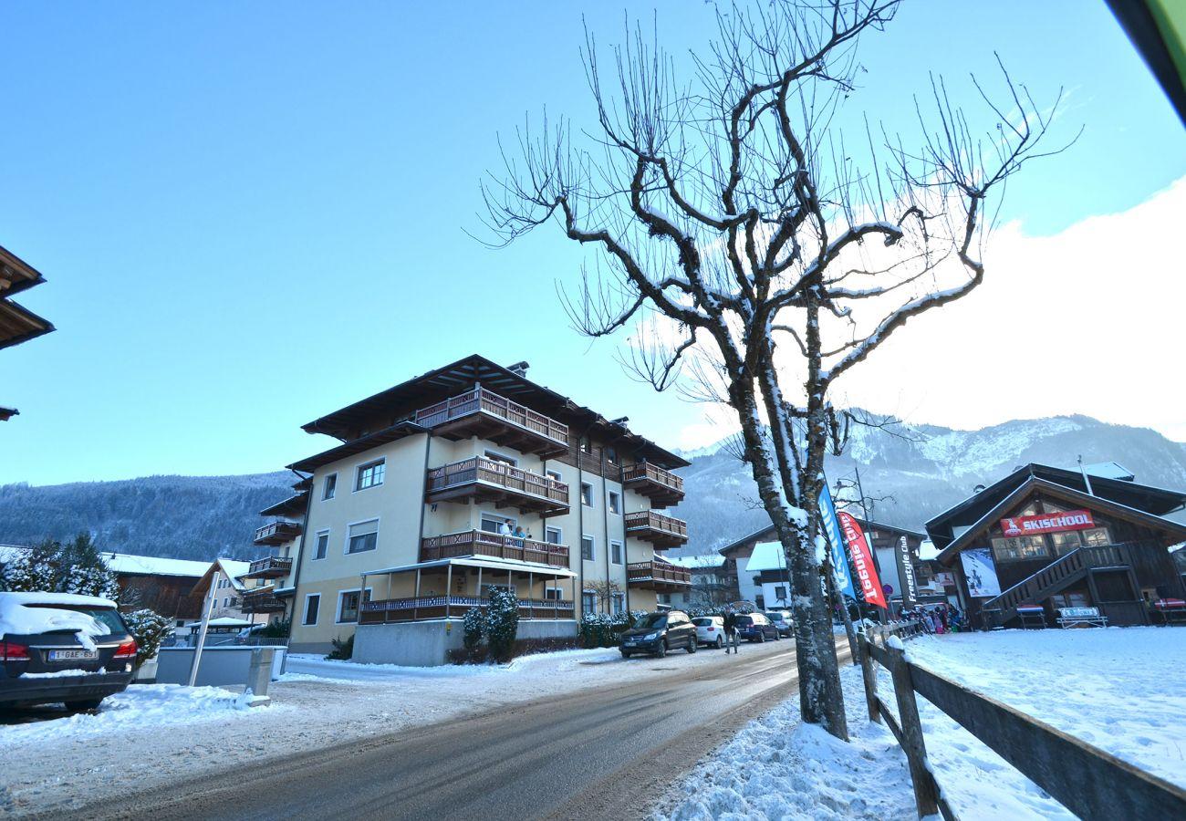 Ferienwohnung in Kaprun - Apartment Ski & Golf / in the town of Kaprun