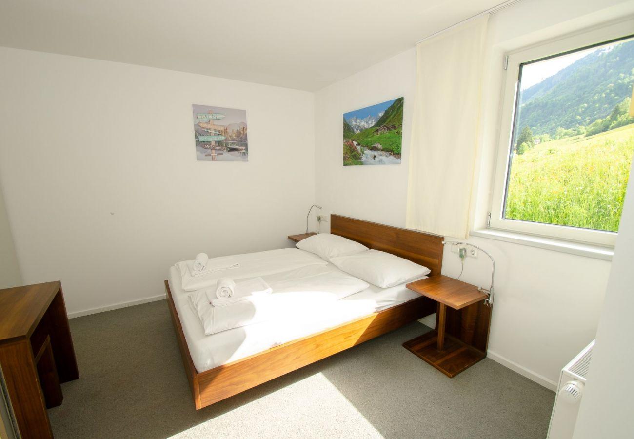 Ferienwohnung in Kaprun - Finest Apartment Glacier View with balcony