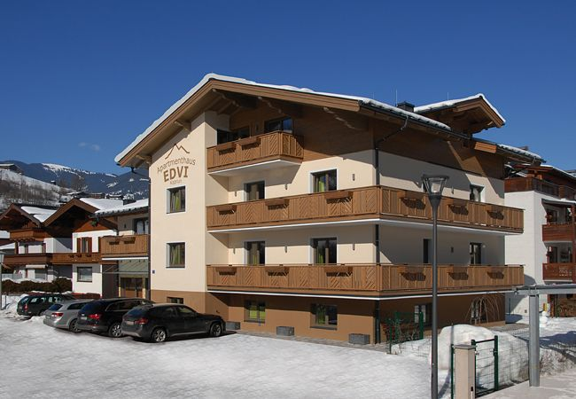 Ferienwohnung in Kaprun - Apartments EDVI B3 - balcony and glacier view