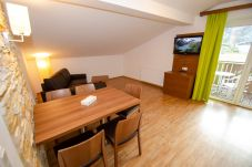 Ferienwohnung in Kaprun - Apartments EDVI C3 - balcony and glacier view