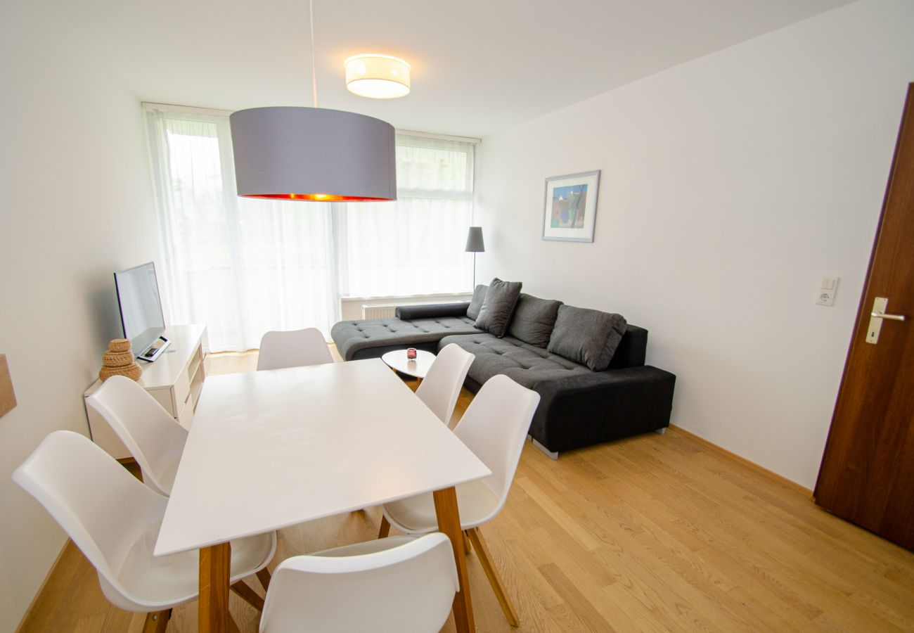 Ferienwohnung in Zell am See - Apartment CityXpress Ski in/Ski out with balcony