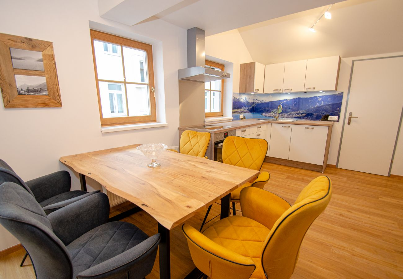 Ferienwohnung in Zell am See - Penthouse Maisonette Zell City - 150m from skilift